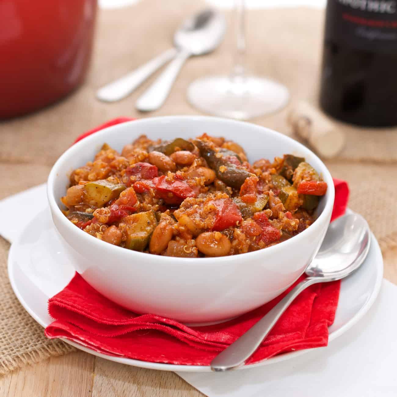 Quinoa and Roasted Pepper Chili