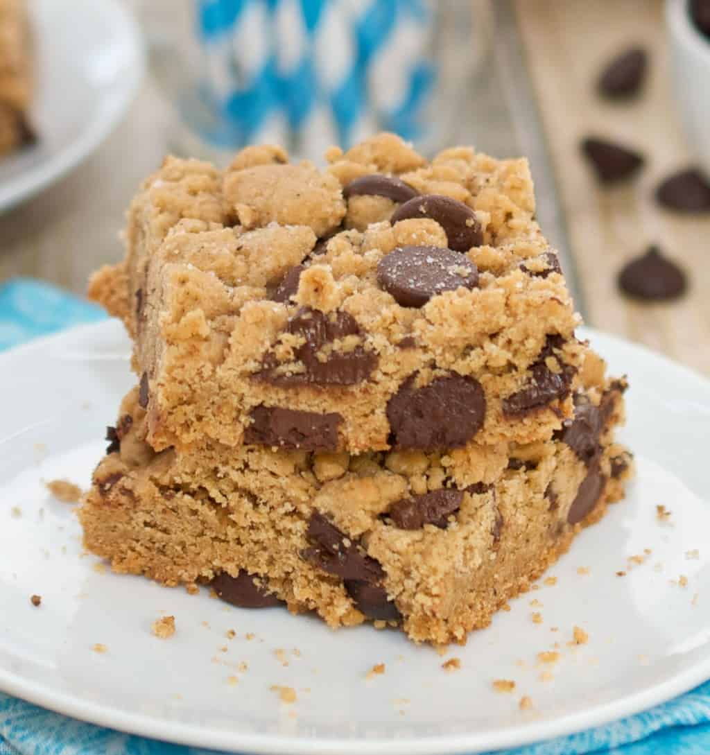 Browned Butter Salted Chocolate Chip Cookie Bars
