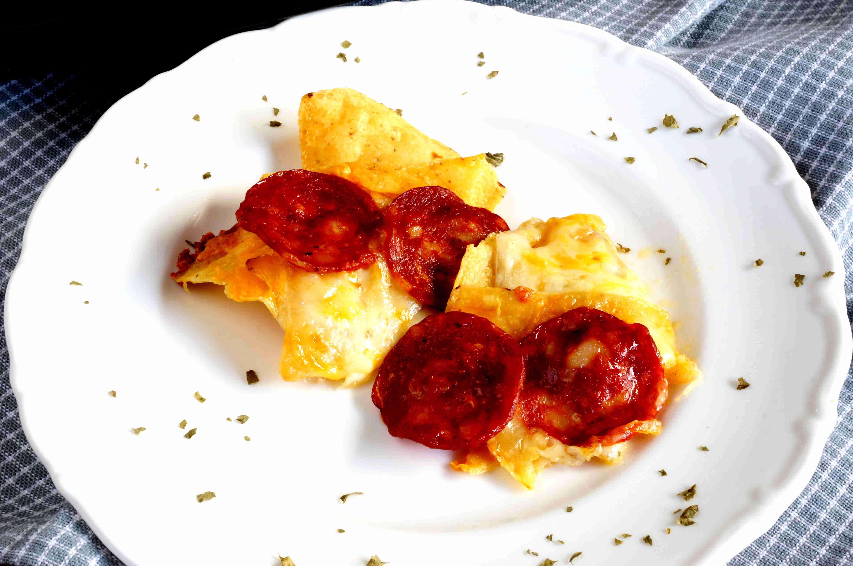 Three Cheese Pizza Nachos