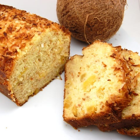 baked pineapple bread recipe ready to serve