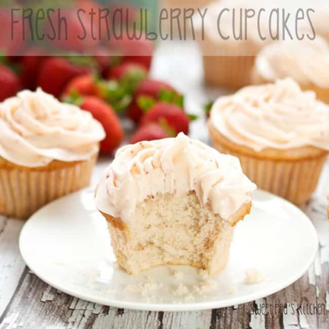 strawberry cucpakes
