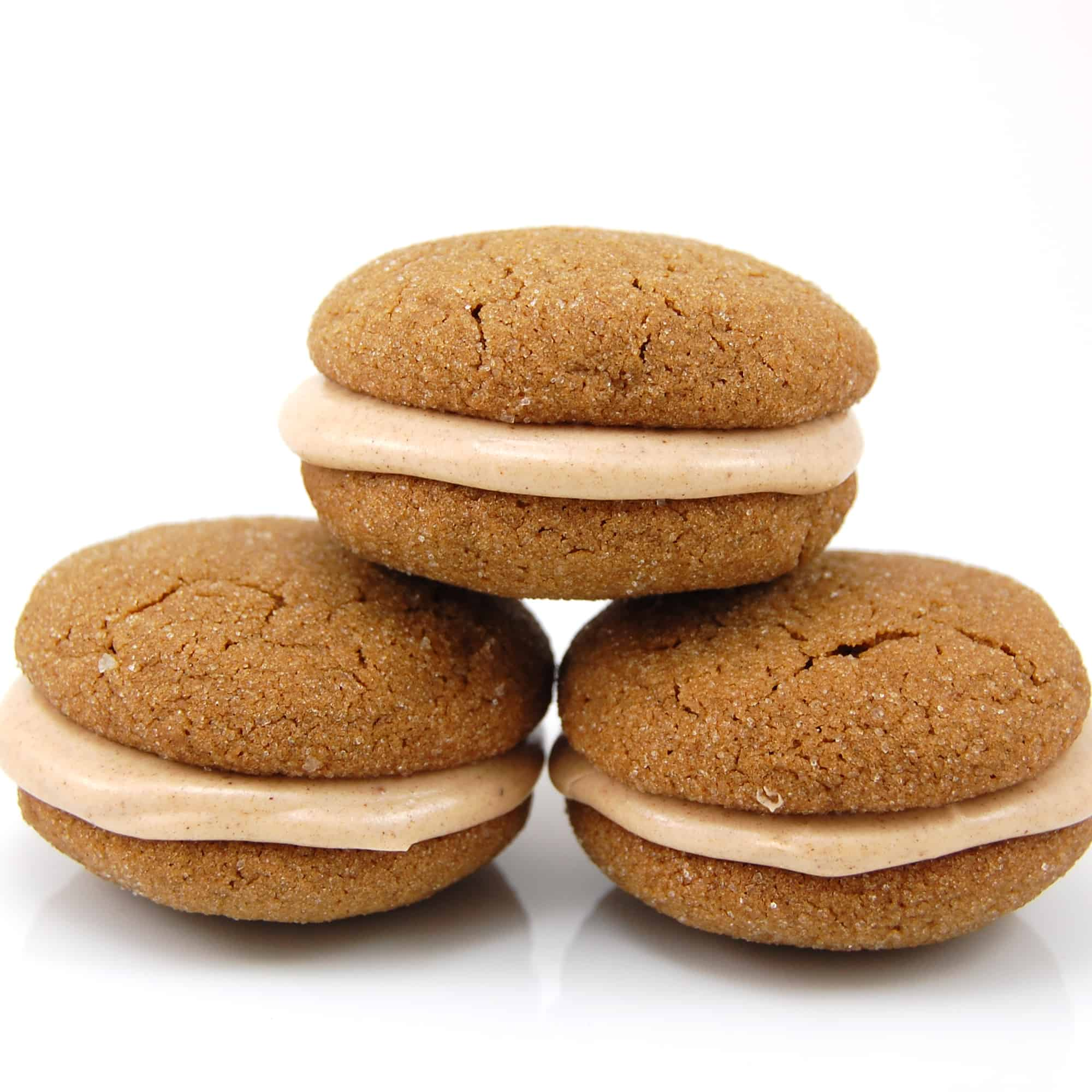 Ginger Cookies Sandwiches with Cinnamon Filling