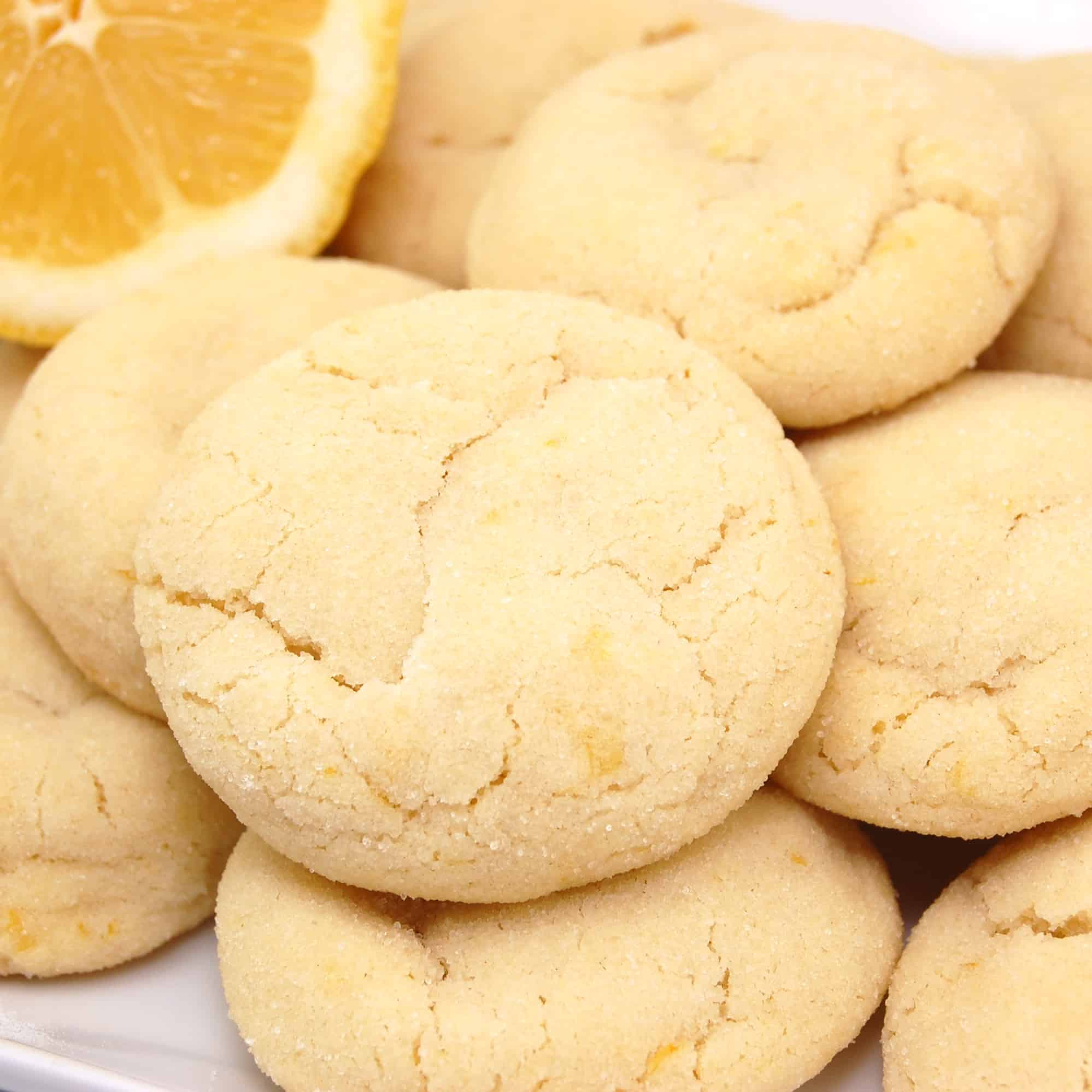 several lemon sugar cookies