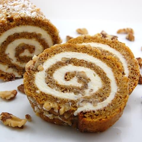 pumpkin rolls cake slices