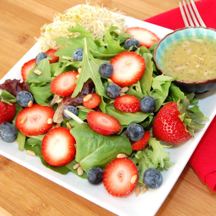 California Salad with Zesty Sprouts