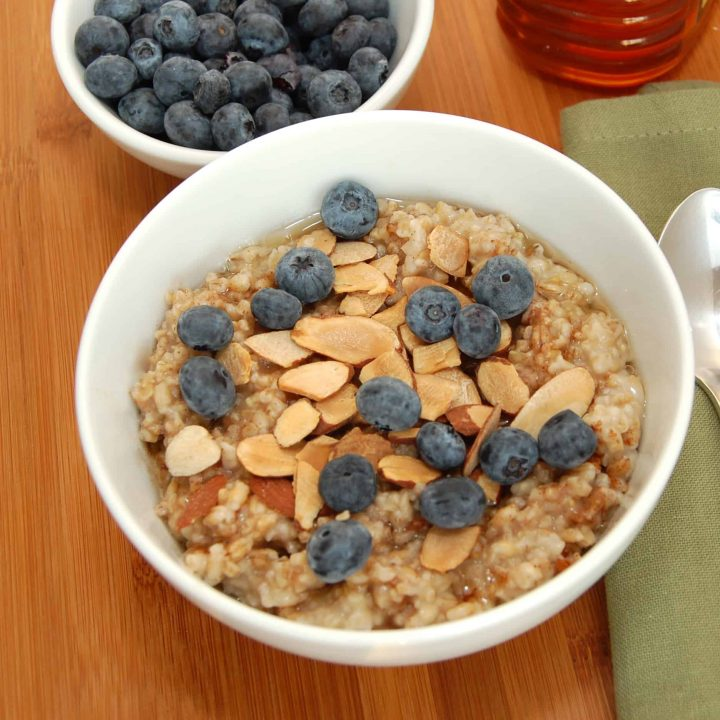 Overnight Honey-Almond Multigrain Oatmeal