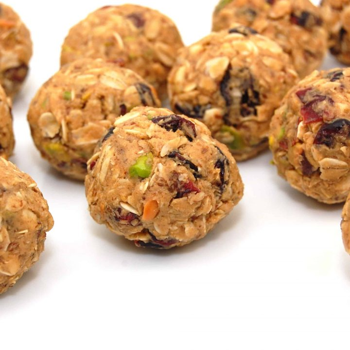 Peanut Butter and Oat Granola Bites