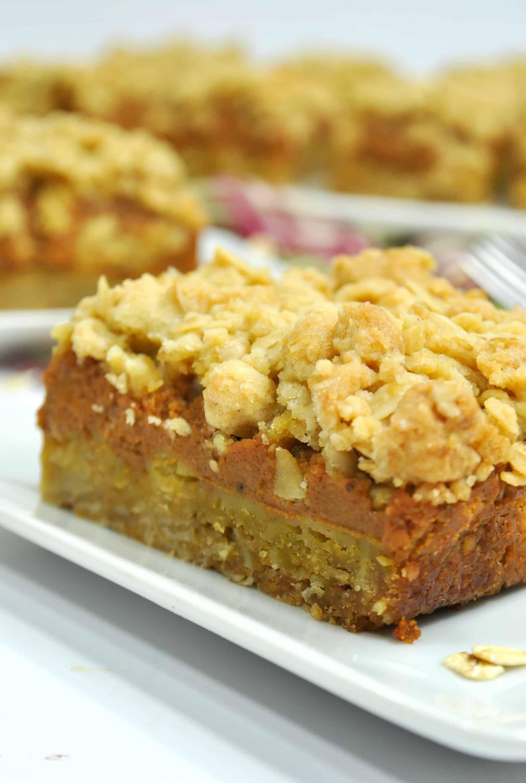 Layered Pumpkin Pie Bars Recipe