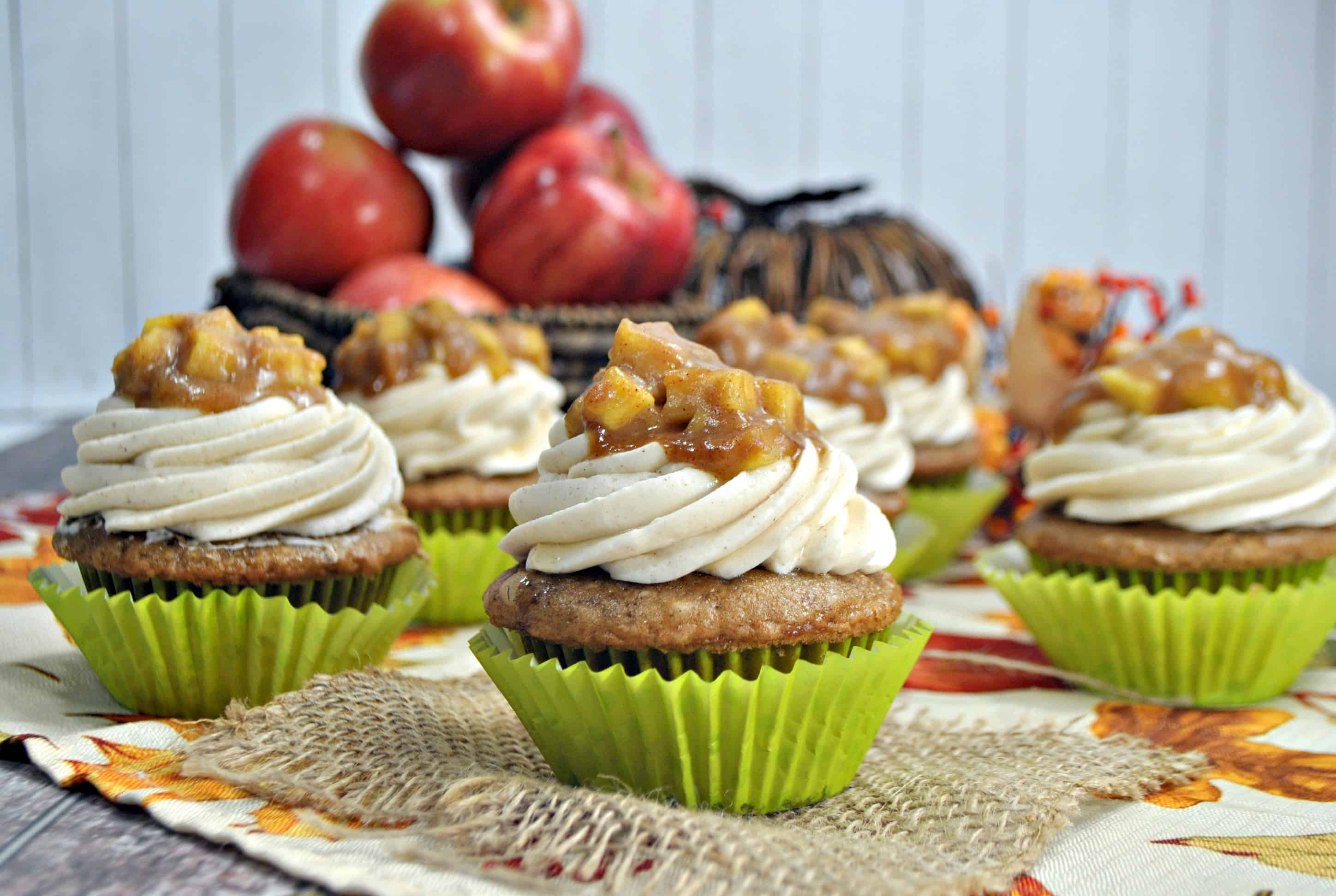 Apple Cupcakes with Apple Pie Topping