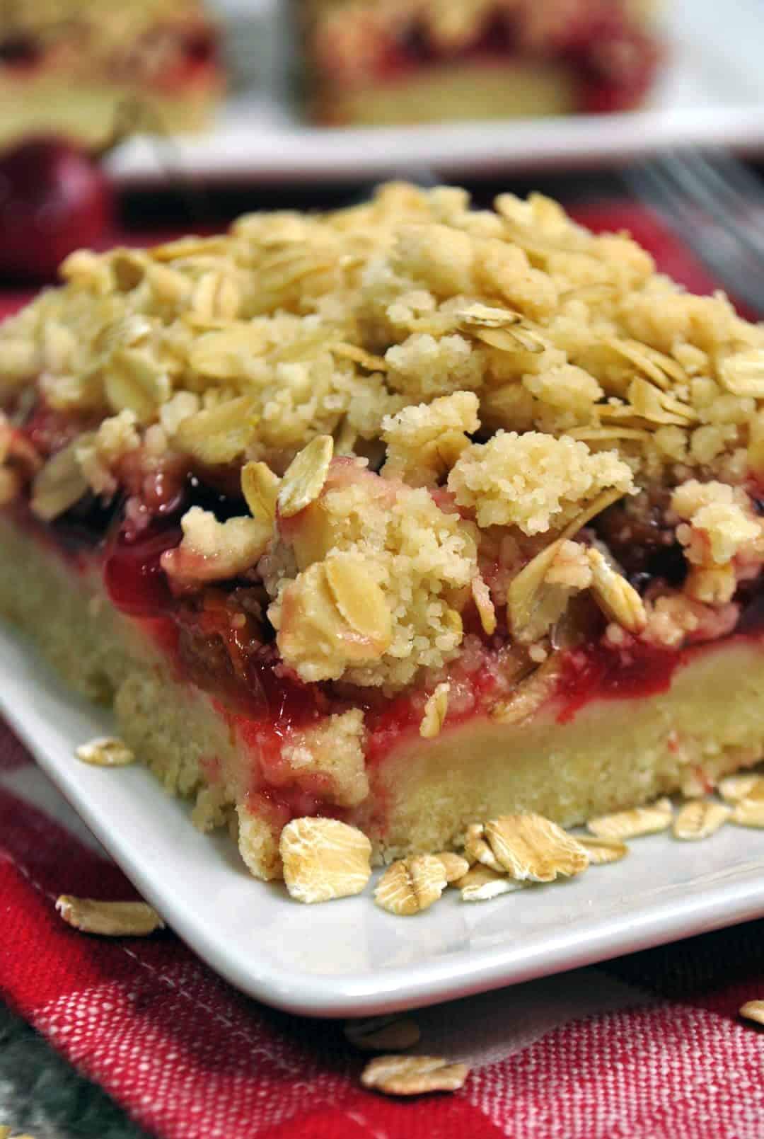 Cherry Crumble Bars Recipe
