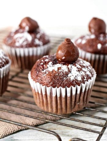 Chocolate Cherry Cake Cupcakes