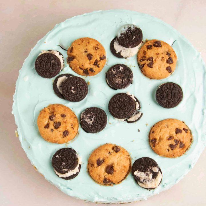 Cookie Monster No-Bake Cheesecake