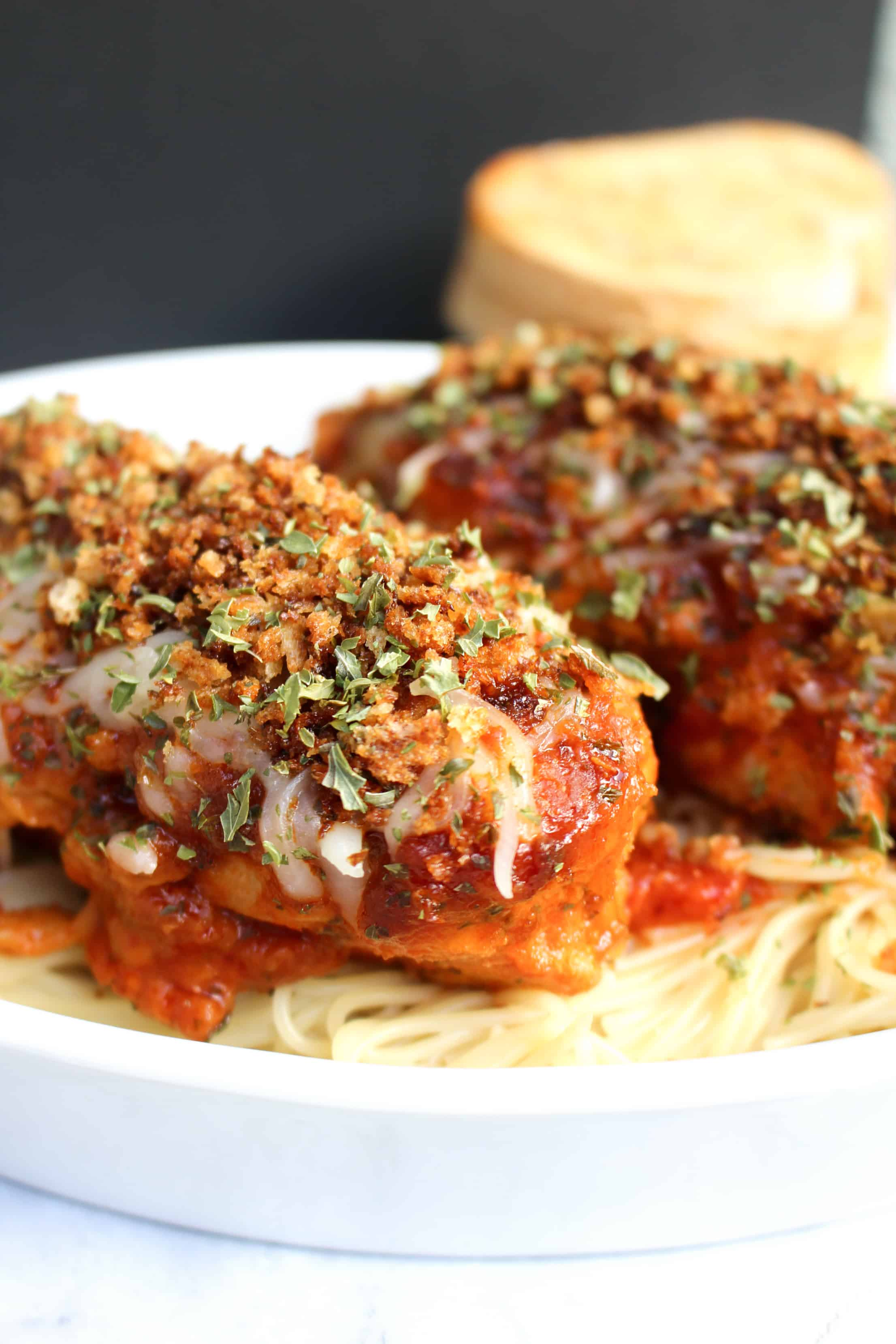 Easy Slow Cooker Chicken Parmesan