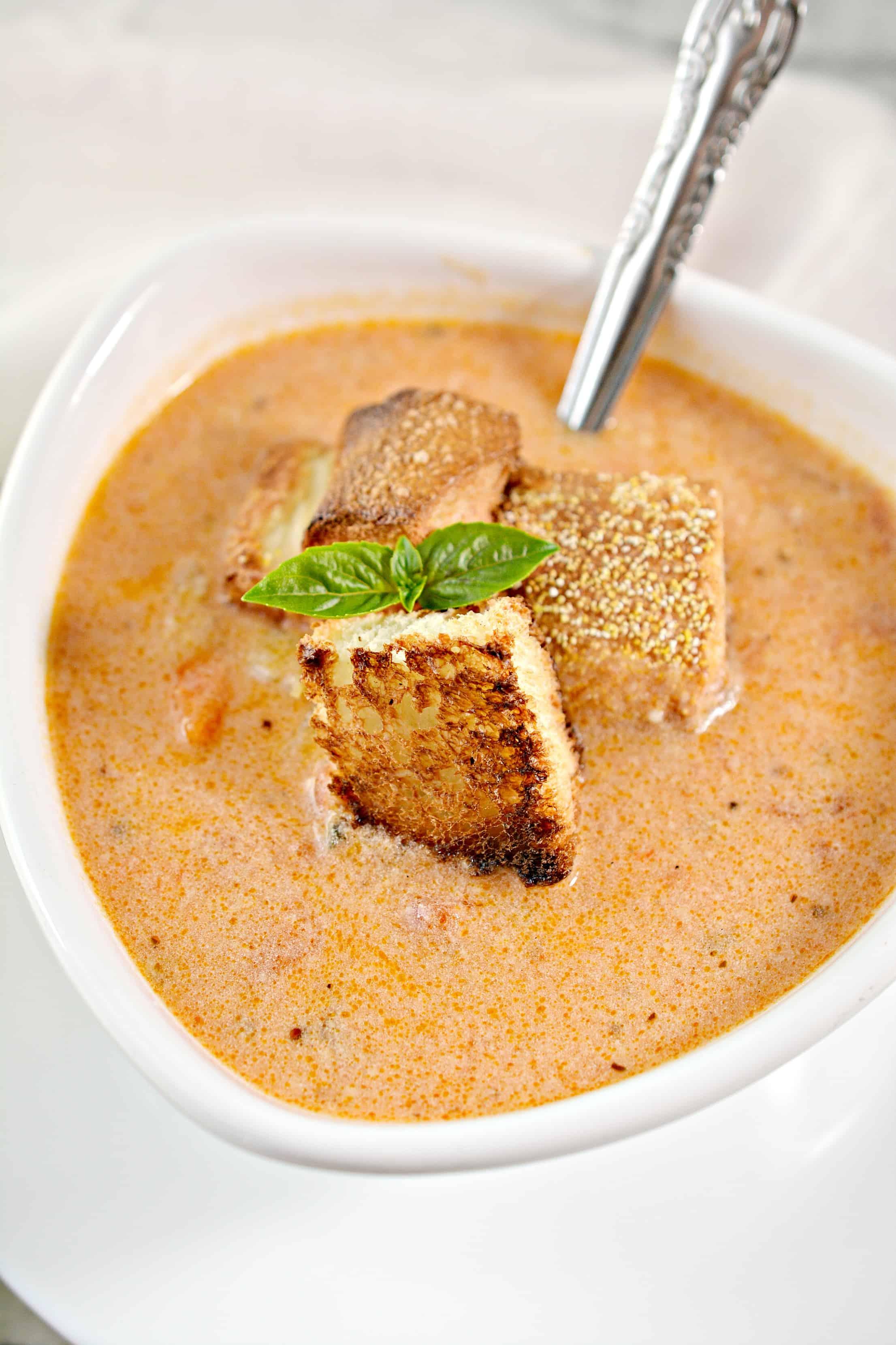 Instant Pot easy tomato soup recipe
