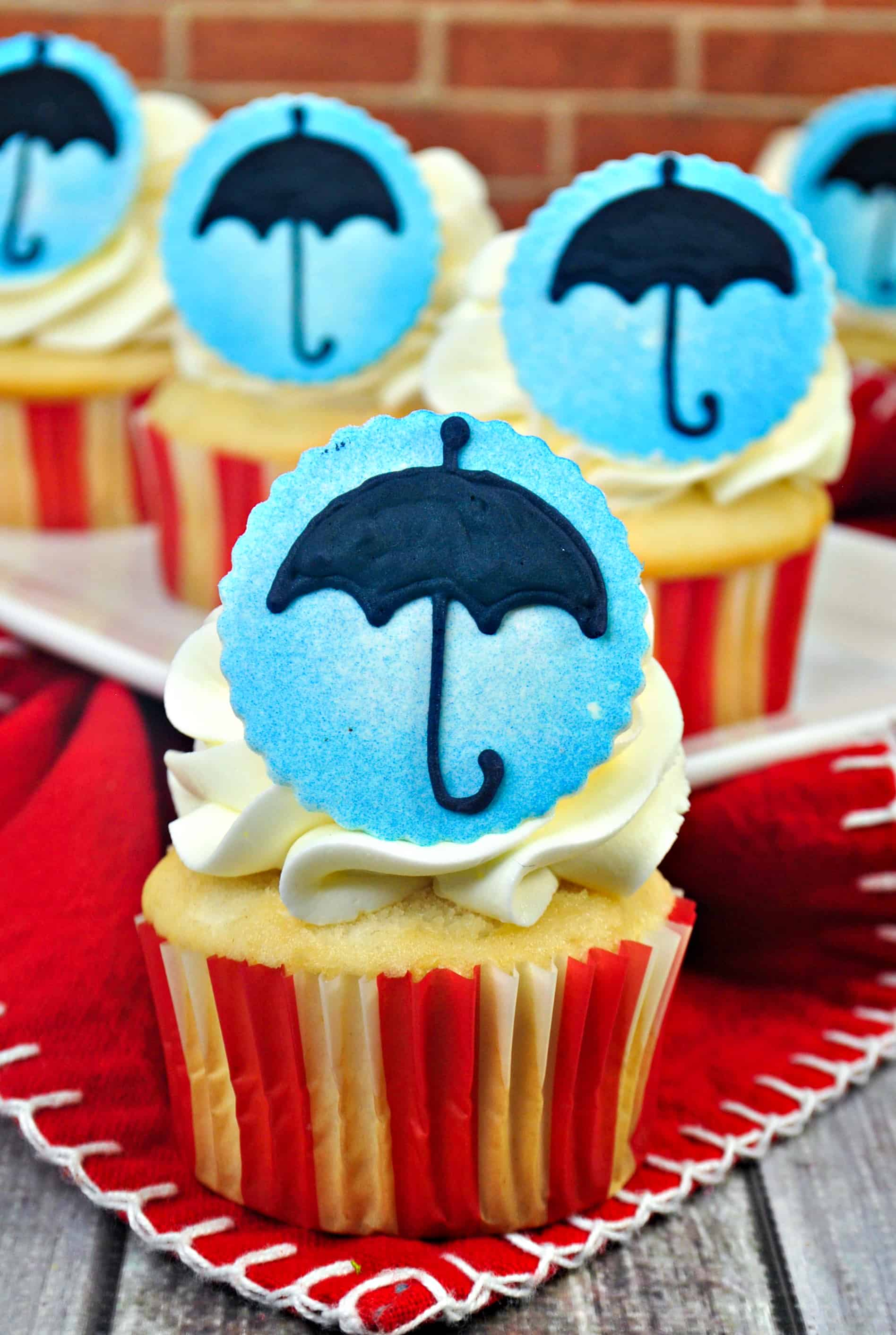 Mary Poppins Vanilla Cake Mix Cupcakes