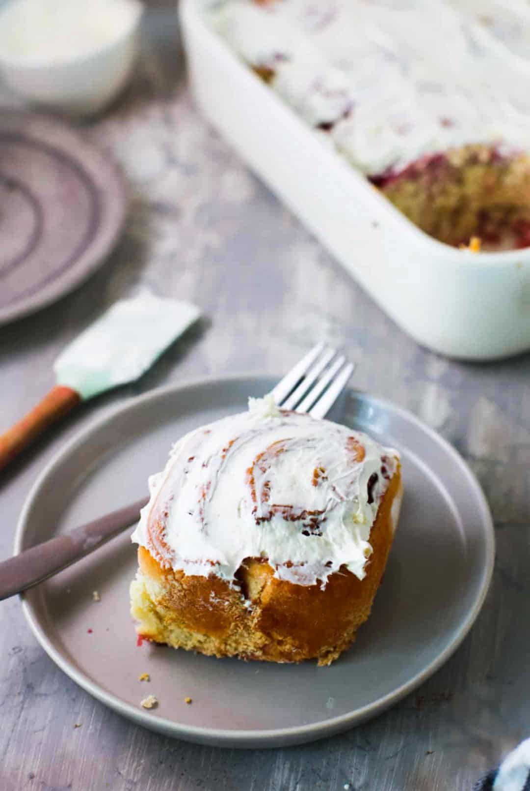 Raspberry Cream Cheese Sweet Roll Recipe