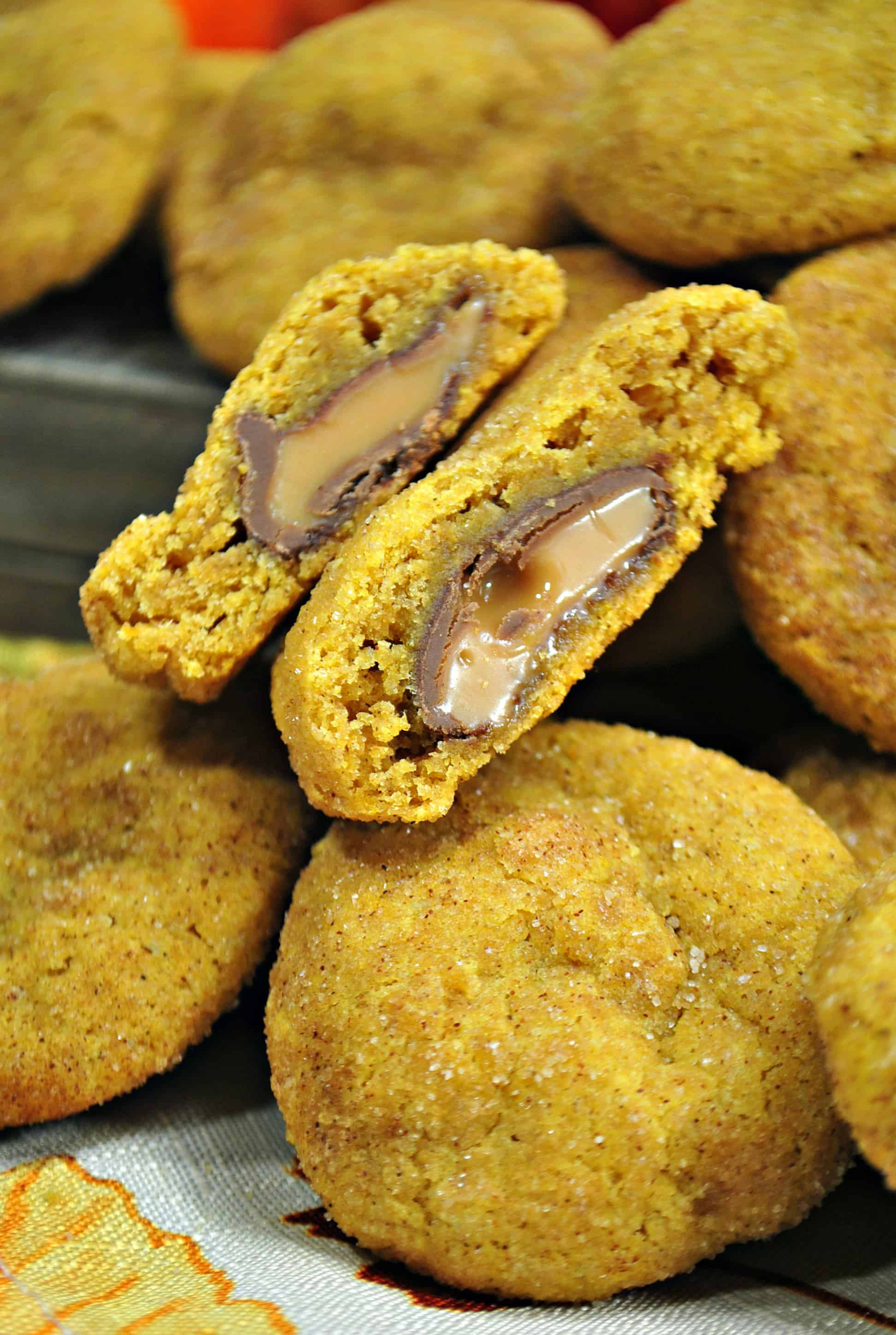 pumpkin rolo cookie