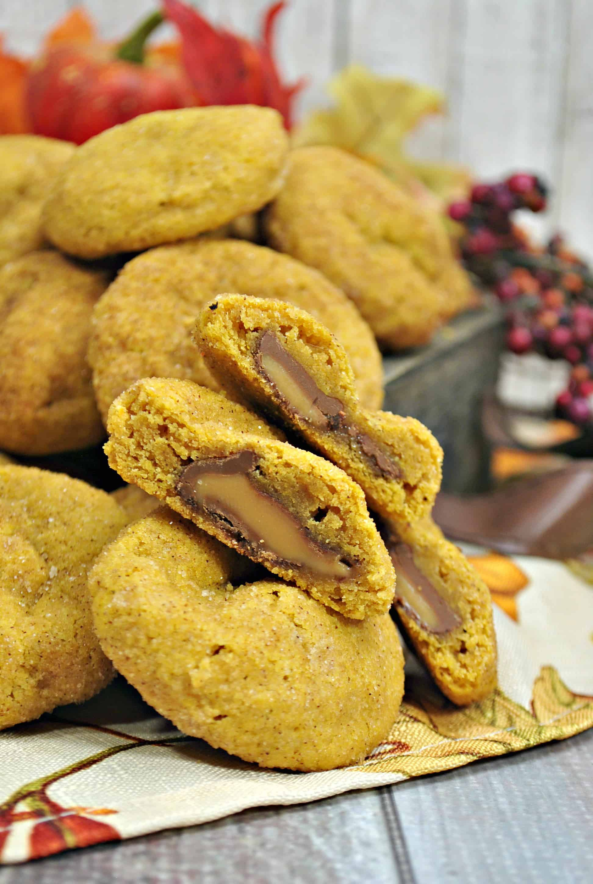 Pumpkin Stuffed Rolo Cookie