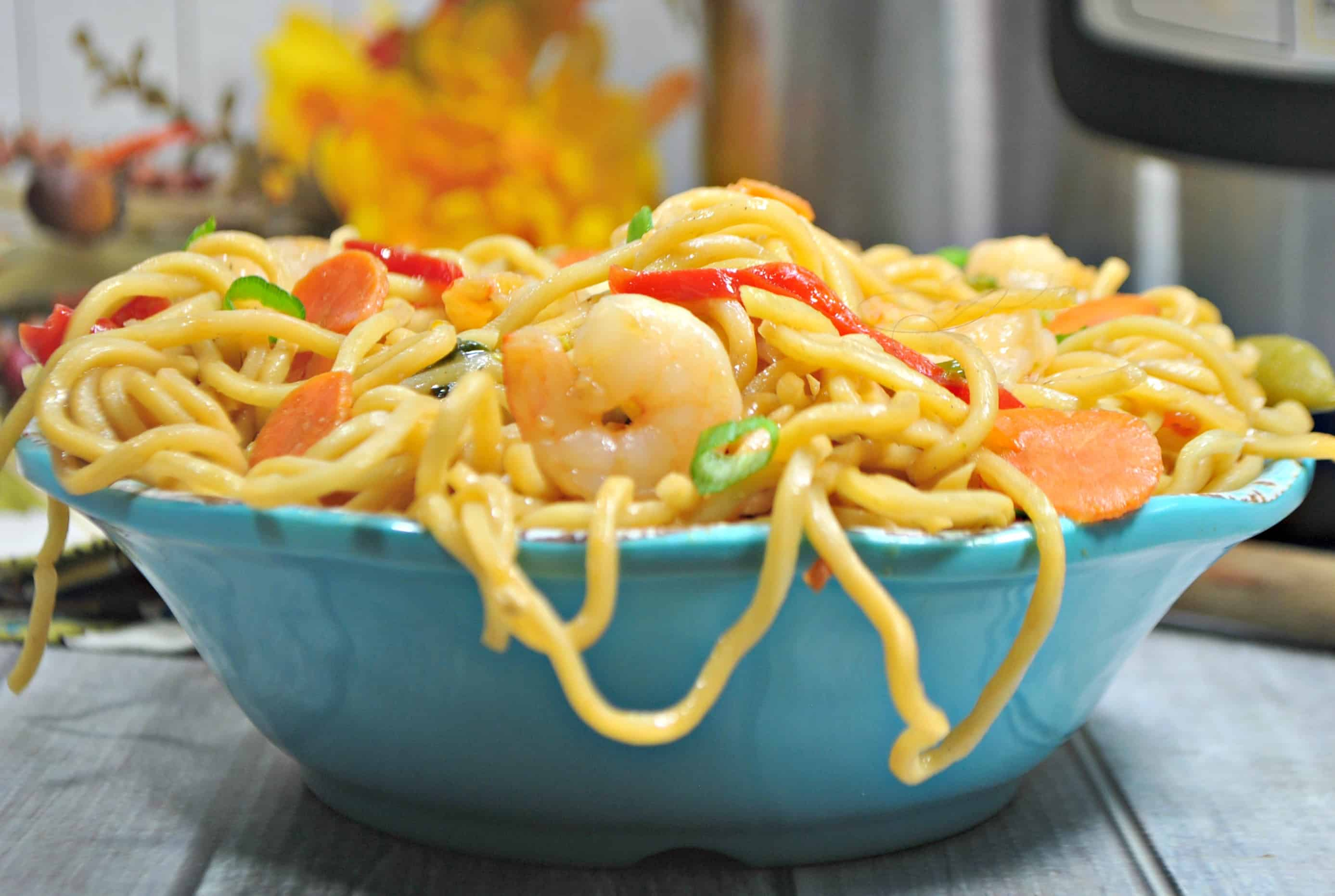 Instant Pot Shrimp Lo Mein