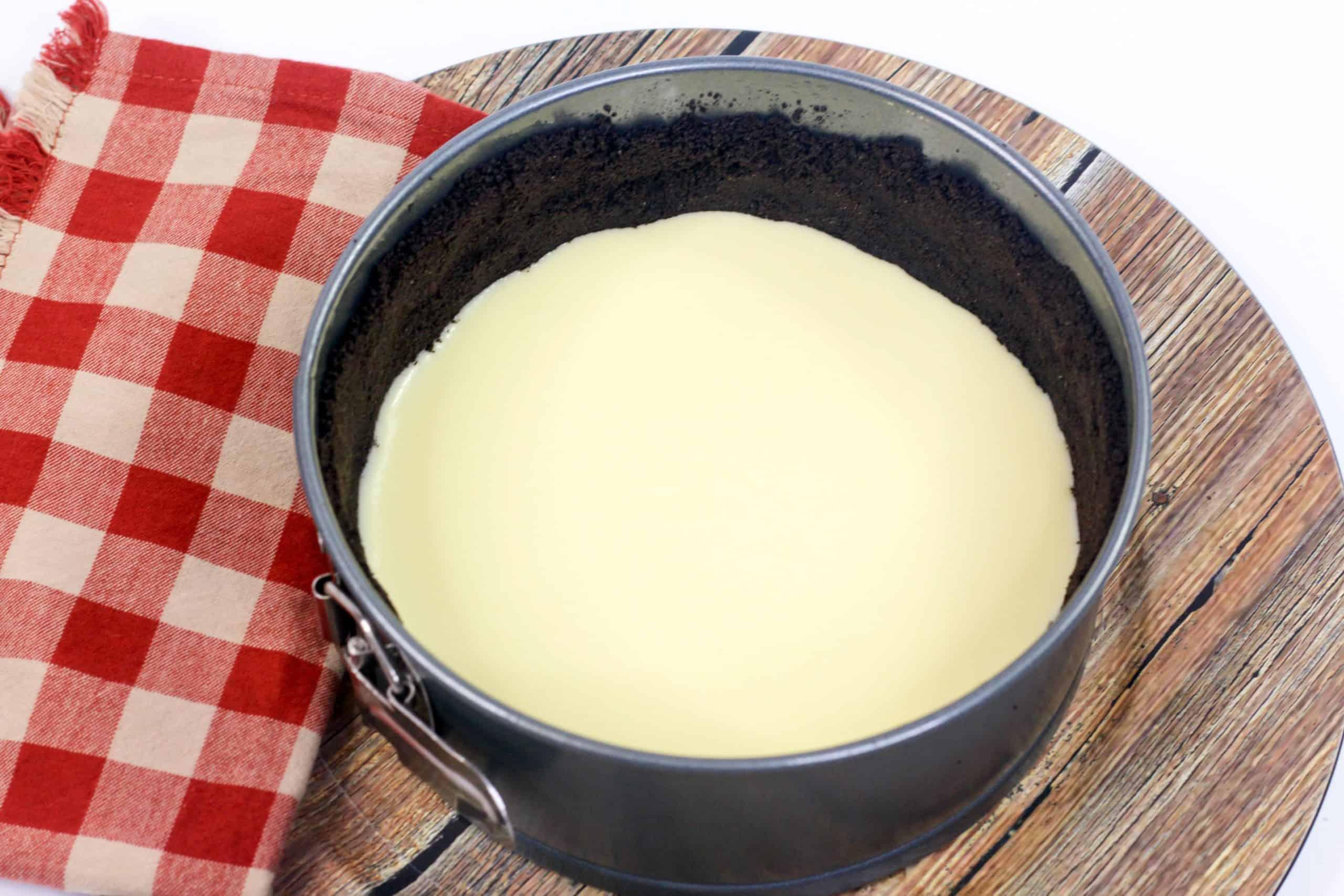 white chocolate over cheesecake crust