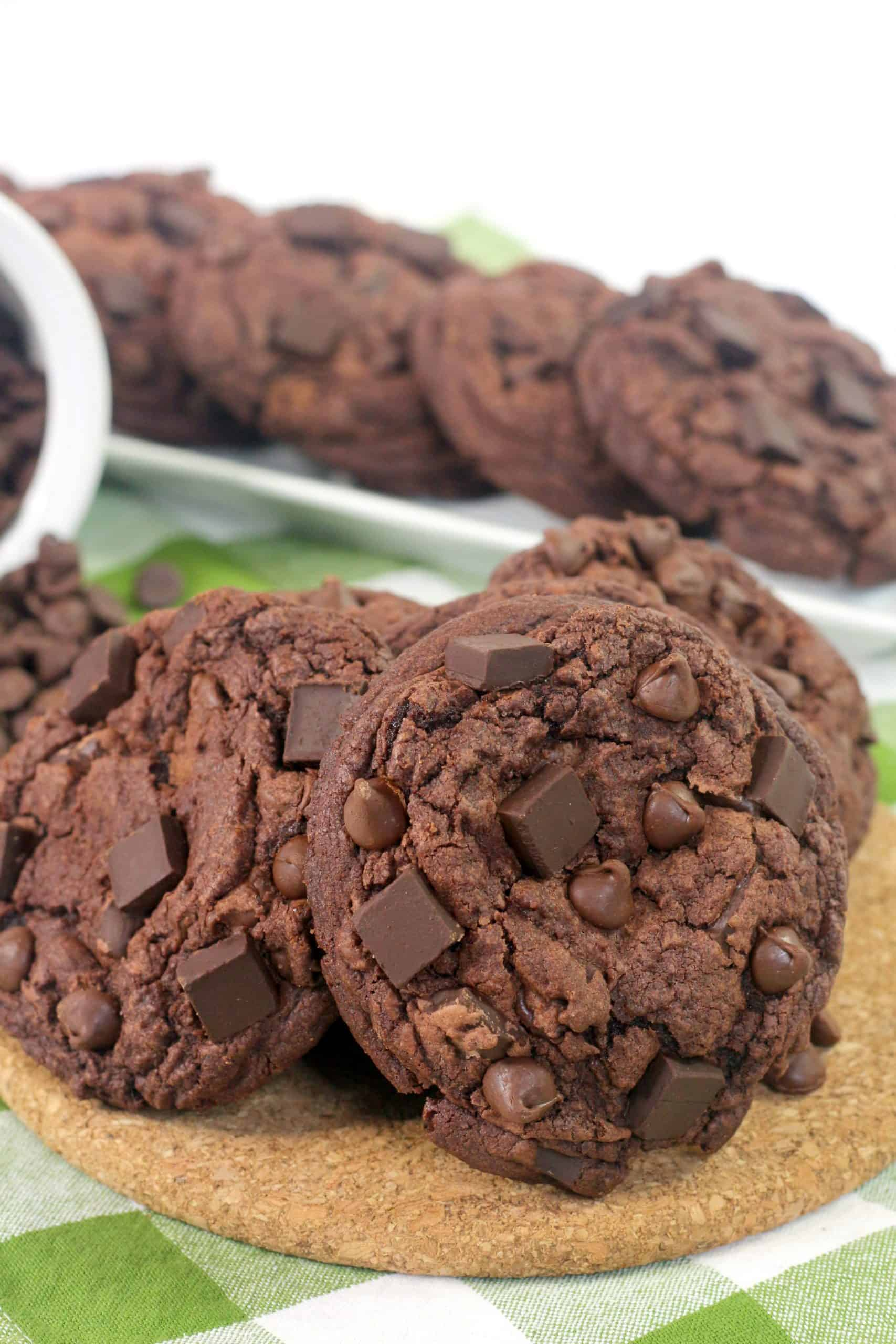 several baked levain chocolate chip cookies