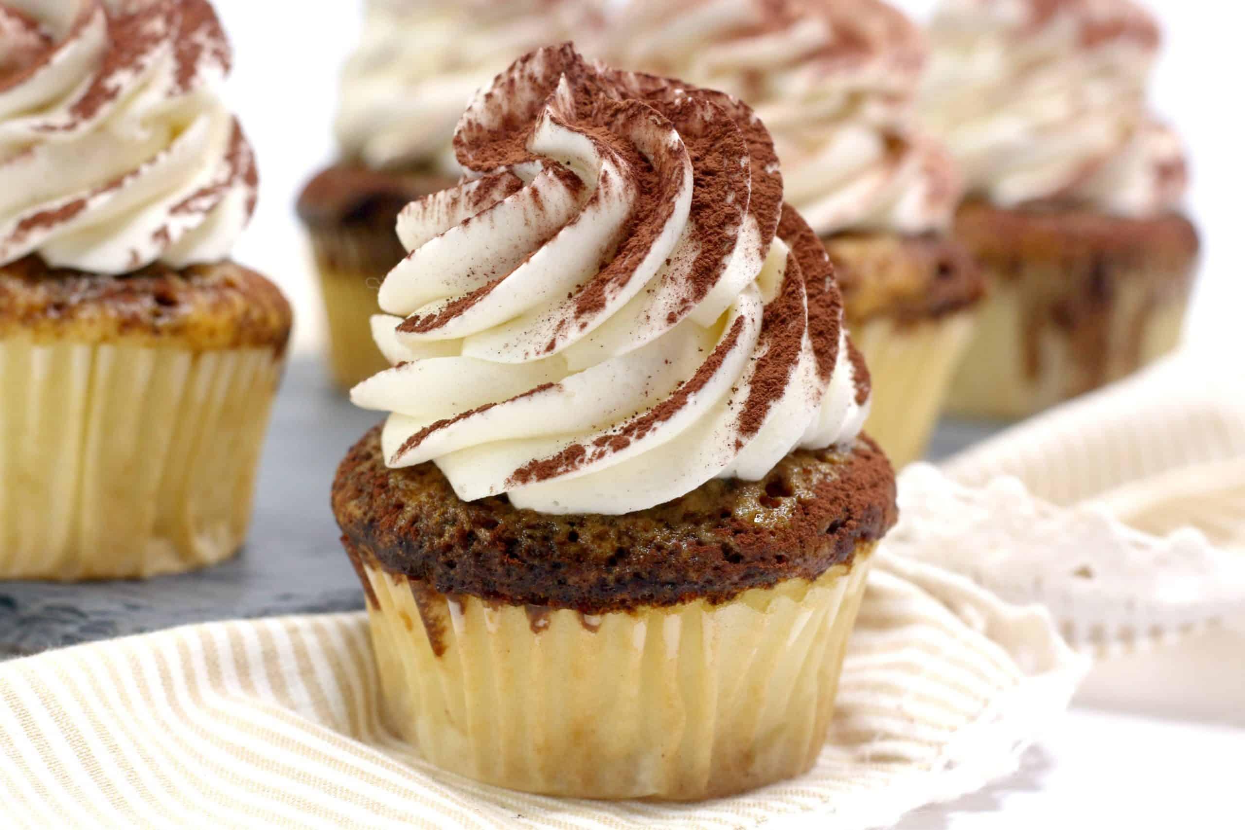 Easy Tiramisu Cake Cupcakes