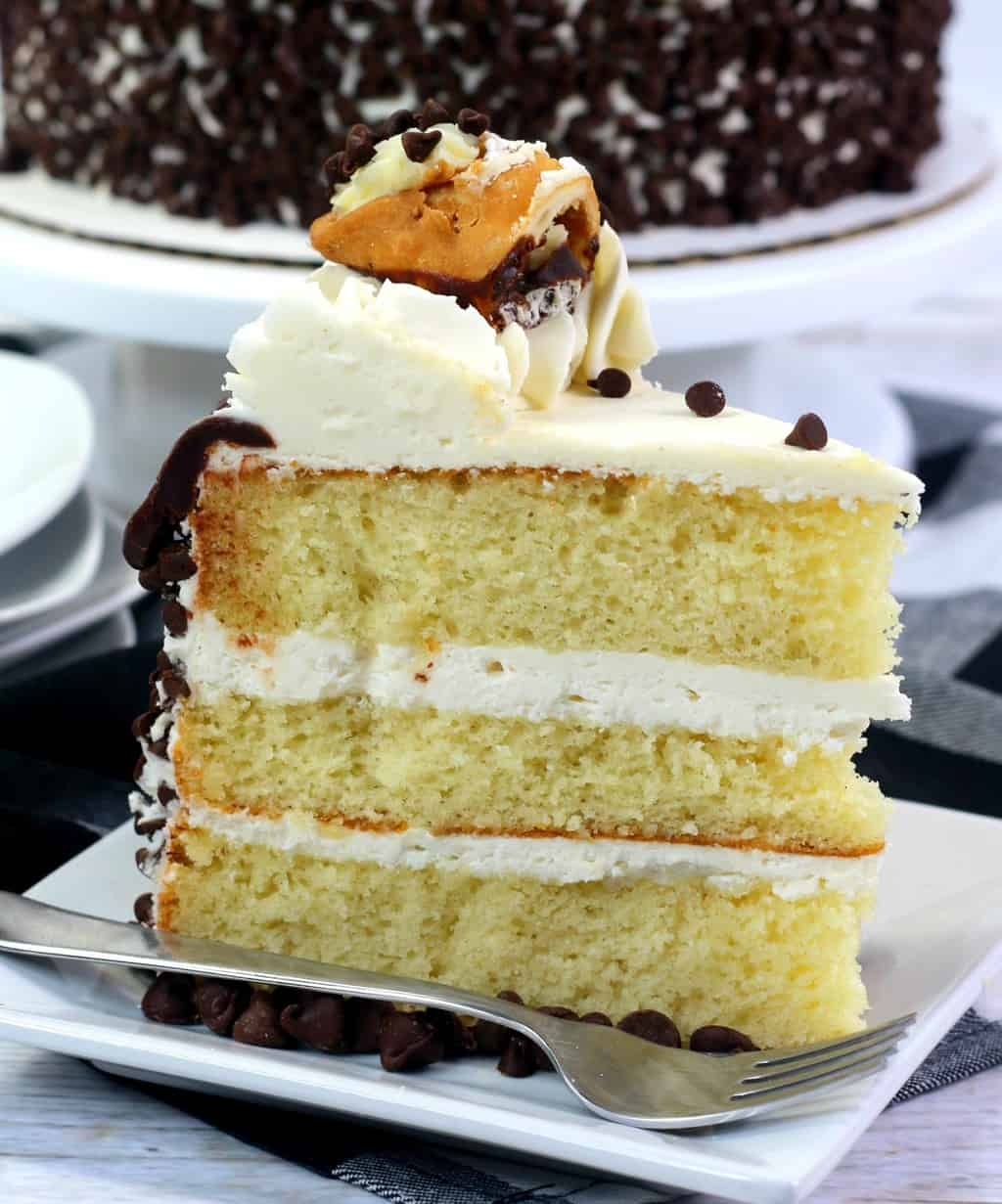 Layered Cannoli Cake Recipe with Chocolate Chips