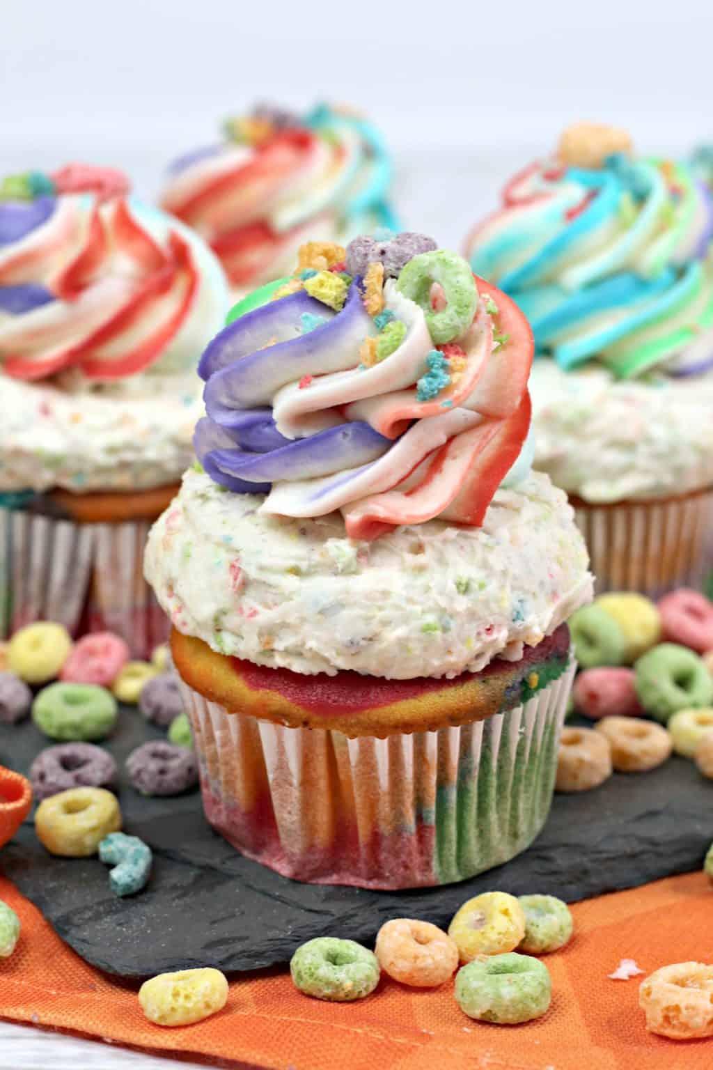 fruit loop cupcakes ,fruit cereal cupcake