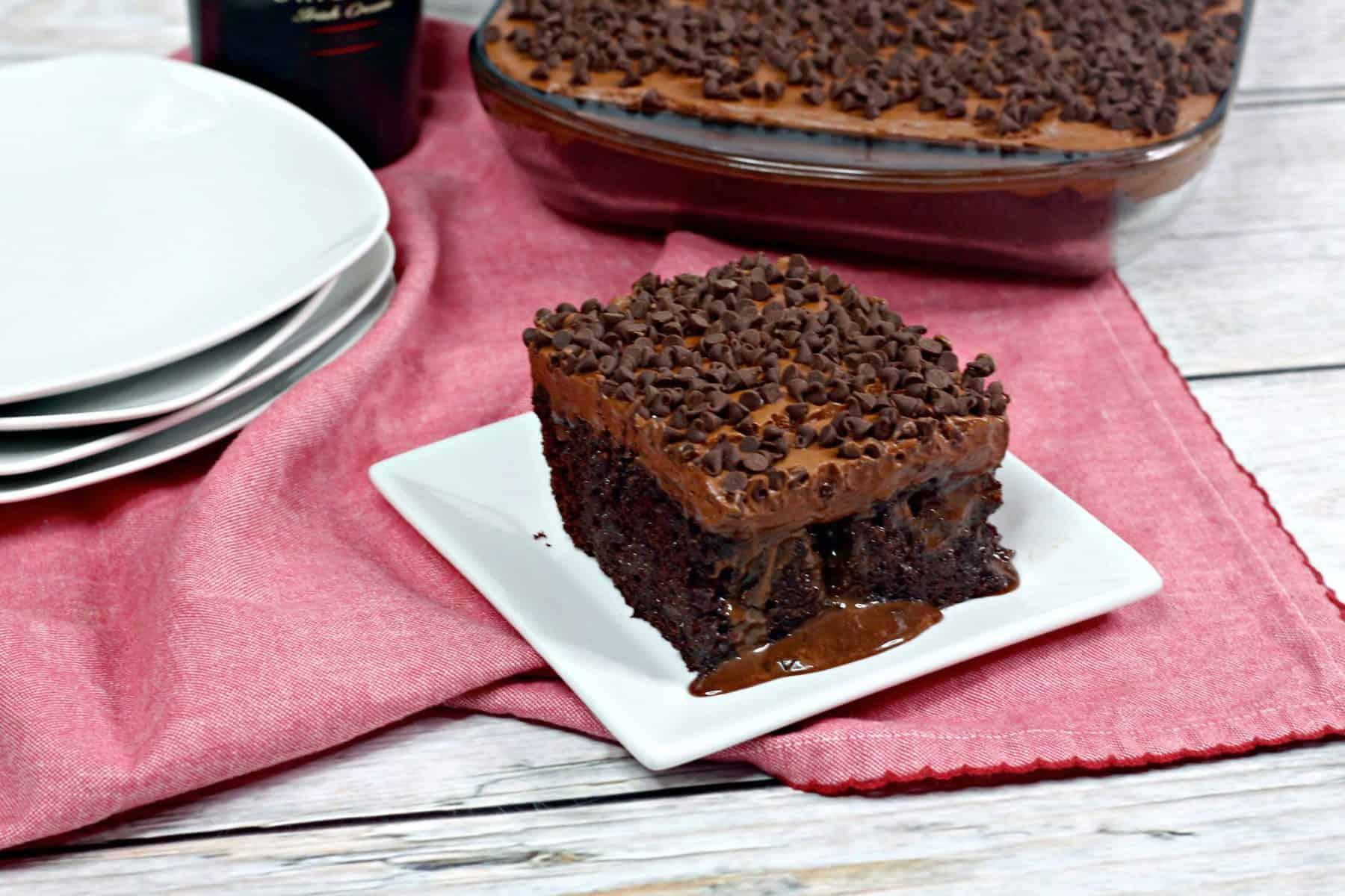 Bailey's chocolate poke cake, Bailey's Irish Cream poke cake, Bailey's cake