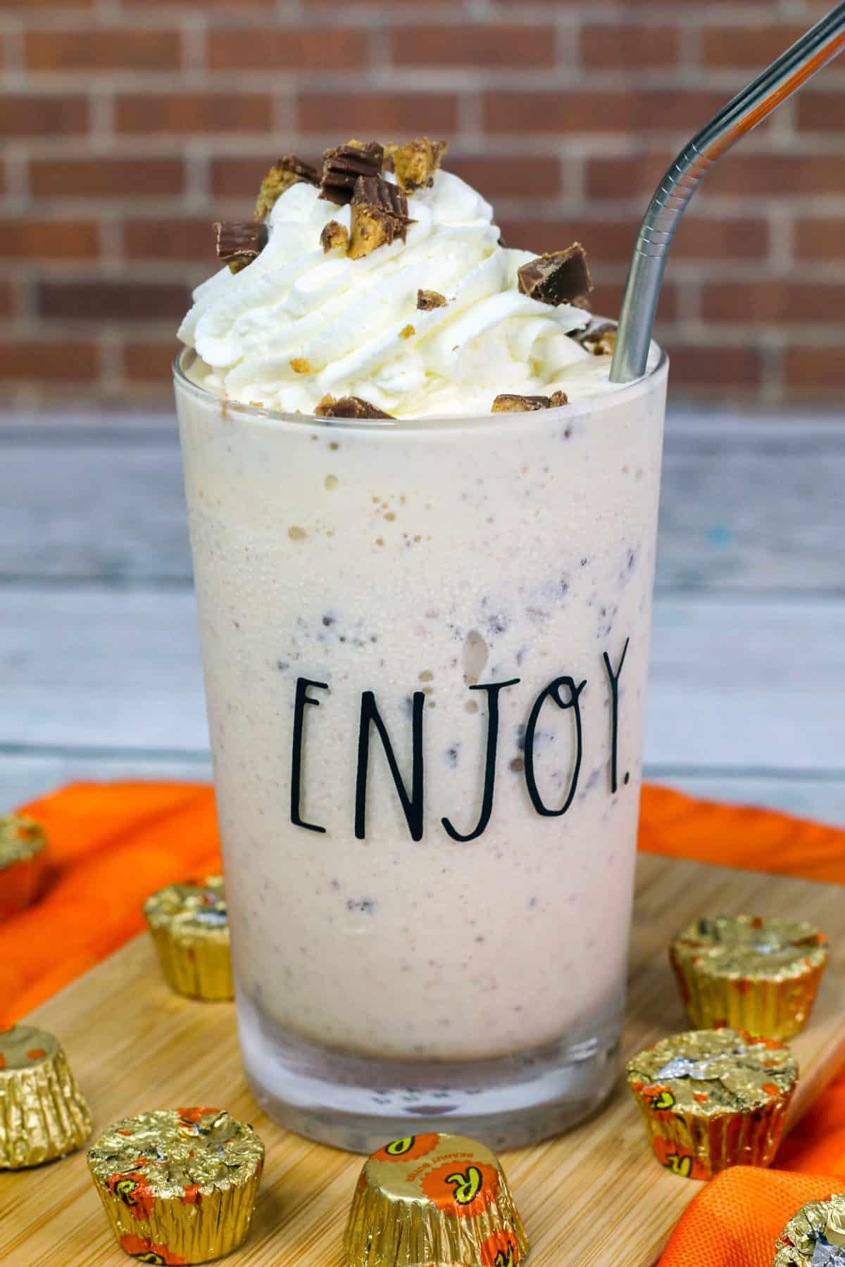 Boozy Reese's Peanut Butter Milkshake Recipe, Peanut Butter Milkshake, Reese's Peanut Butter Milkshake