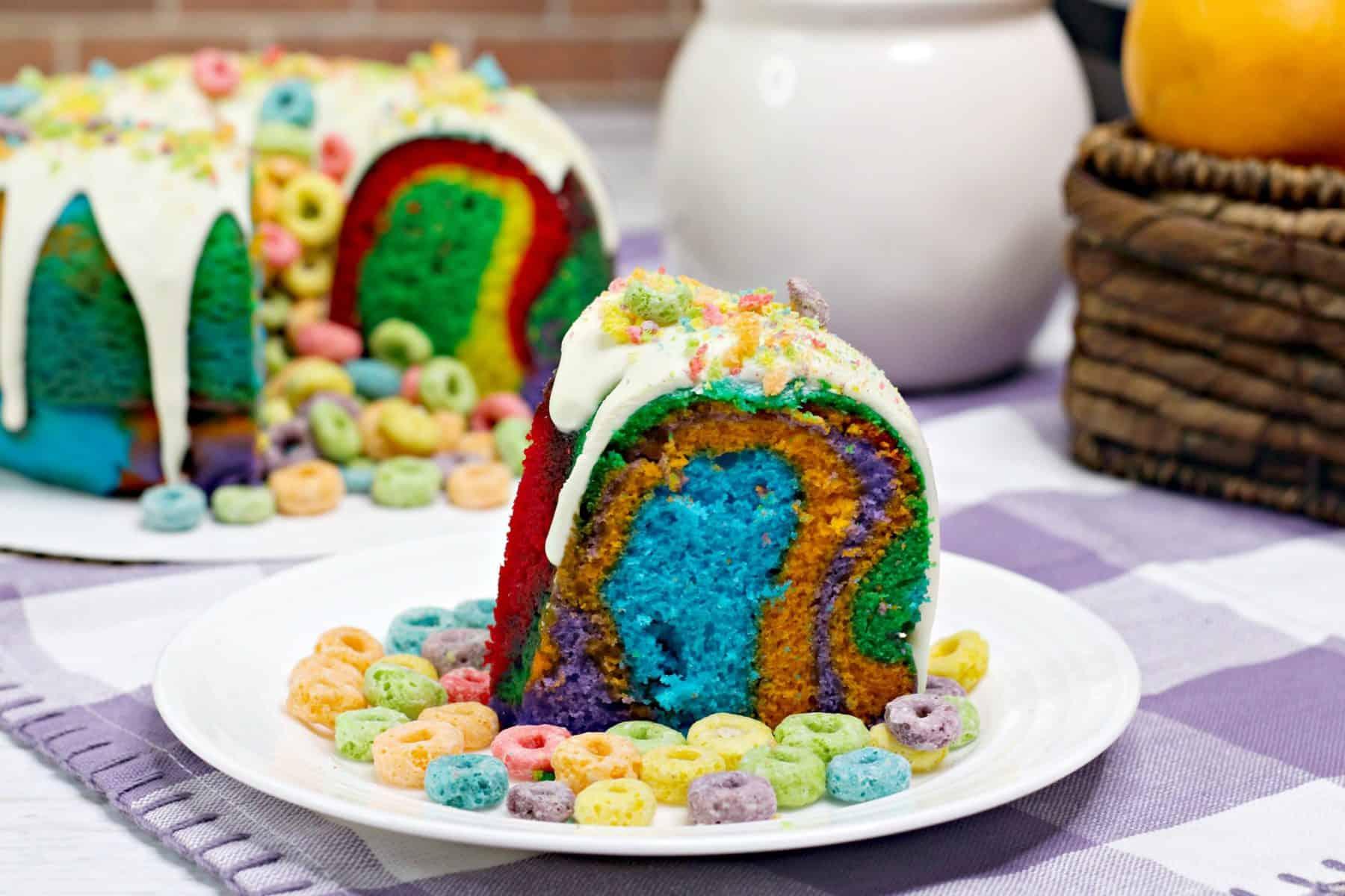 fruit loop cake, rainbow Bundt Cake
