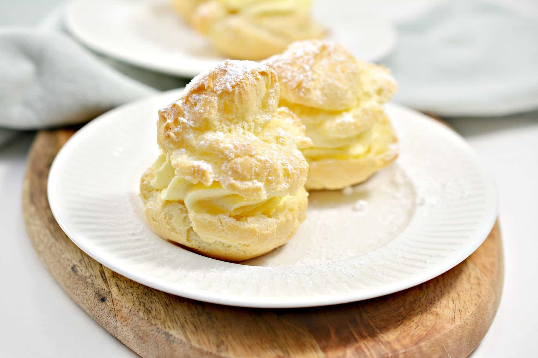 Delicious Famous Cream Puffs