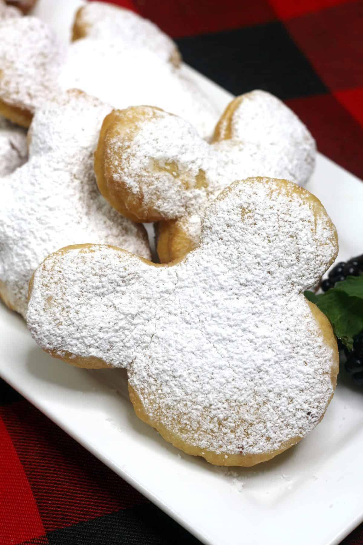 Disney Beignets, Mickey beignets