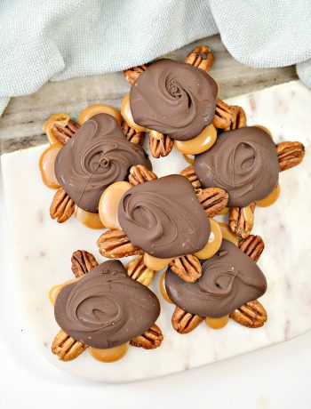 Homemade Turtle Candy with Pecans and Caramel