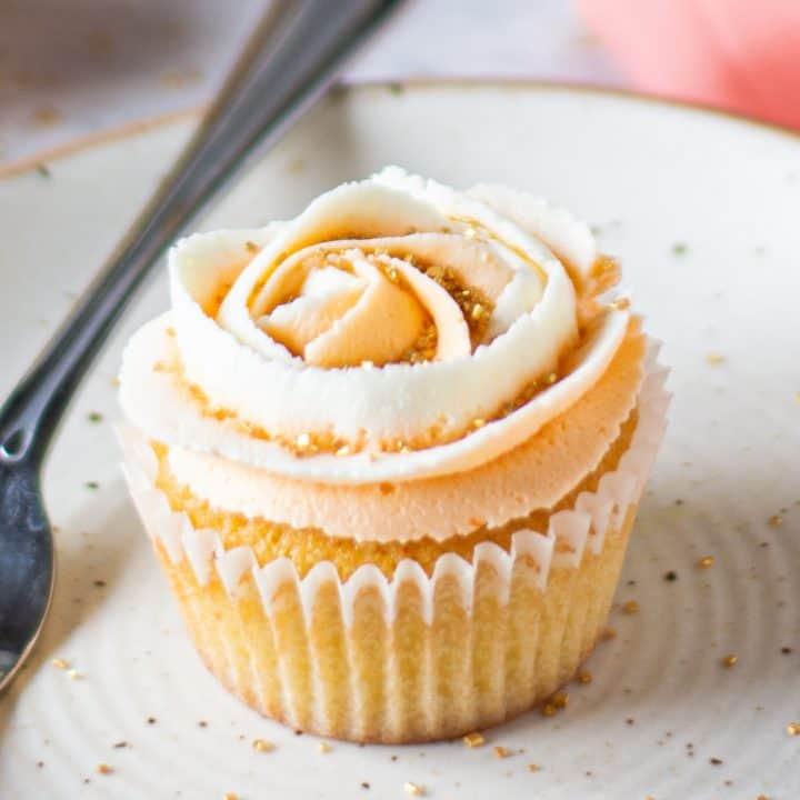 Mandarin Cupcakes