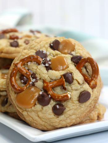 kitchen sink cookies, sweet and salty cookies