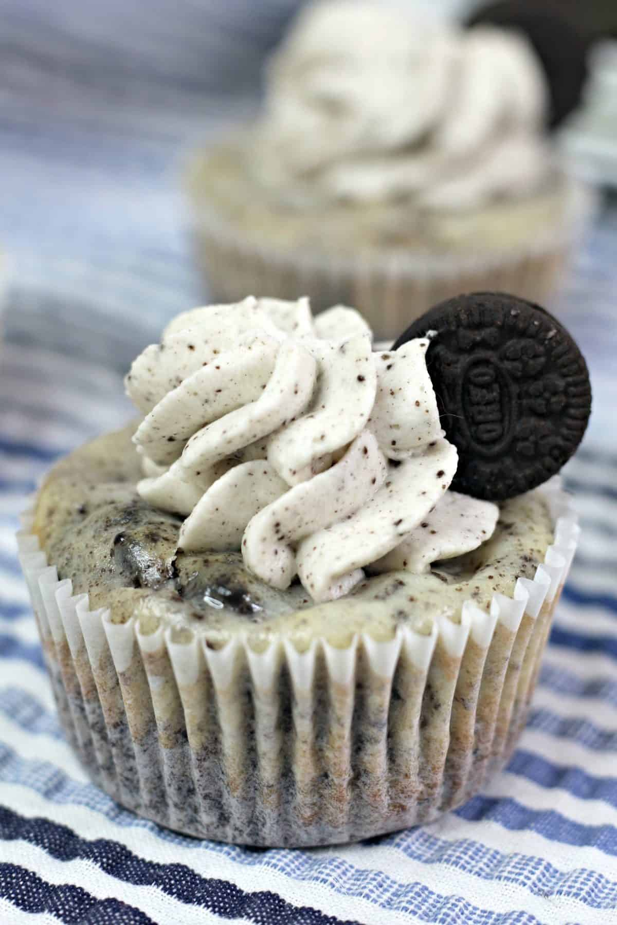 oreo cheesecake cupcakes, mini desserts recipe