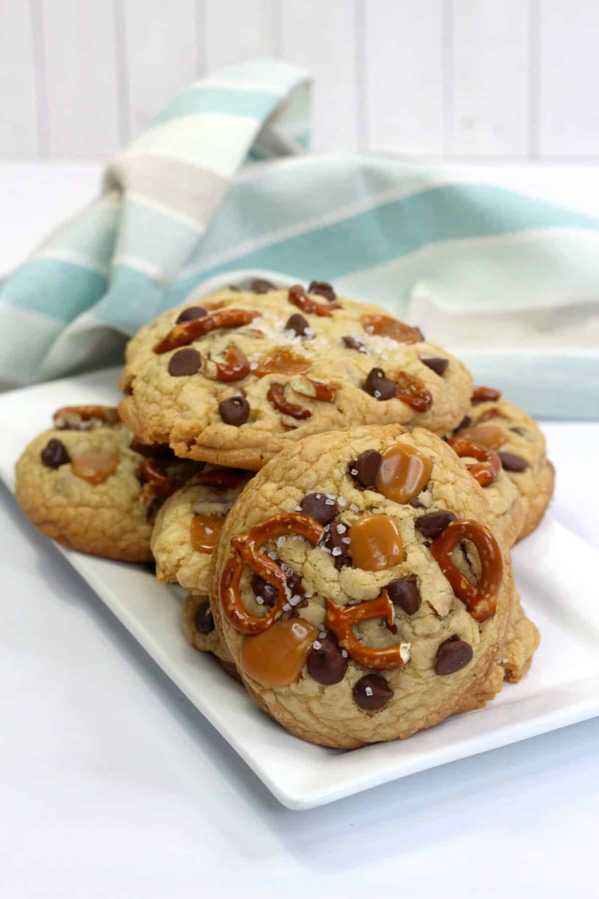 sweet and salty cookies, panera kitchen sink cookie