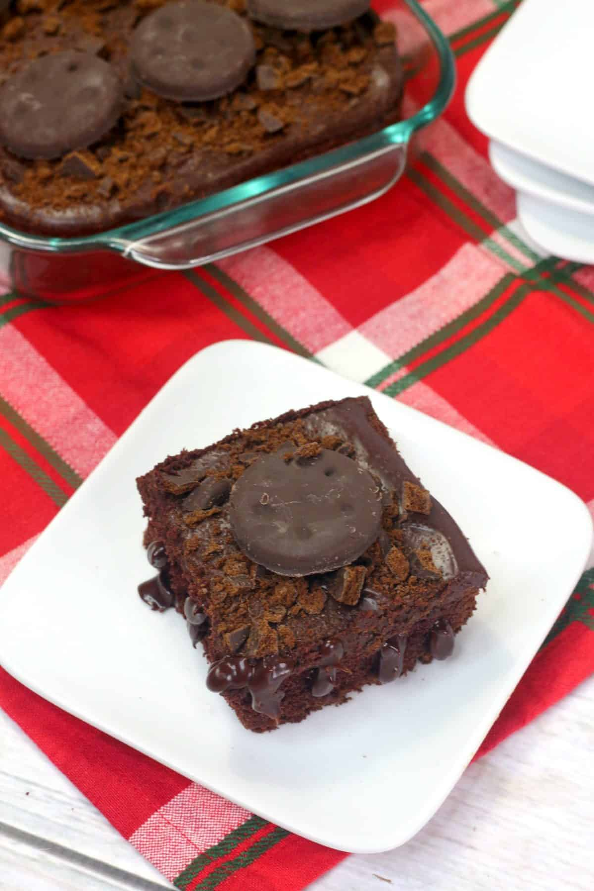 thin mint cake, girl scout cookie recipes