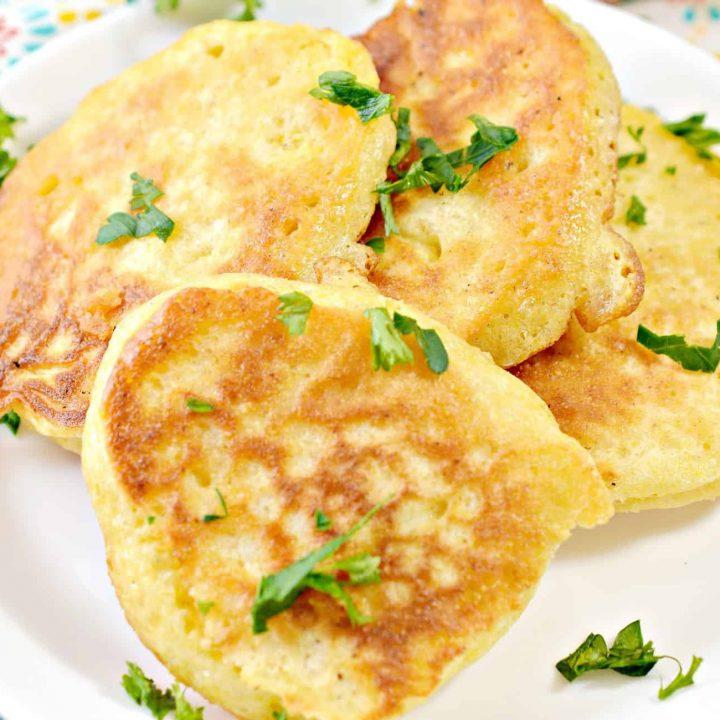 Fried Cornbread Hoe Cakes