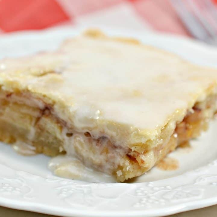 Flaky Apple Pie Bars - Sweet Pea's Kitchen