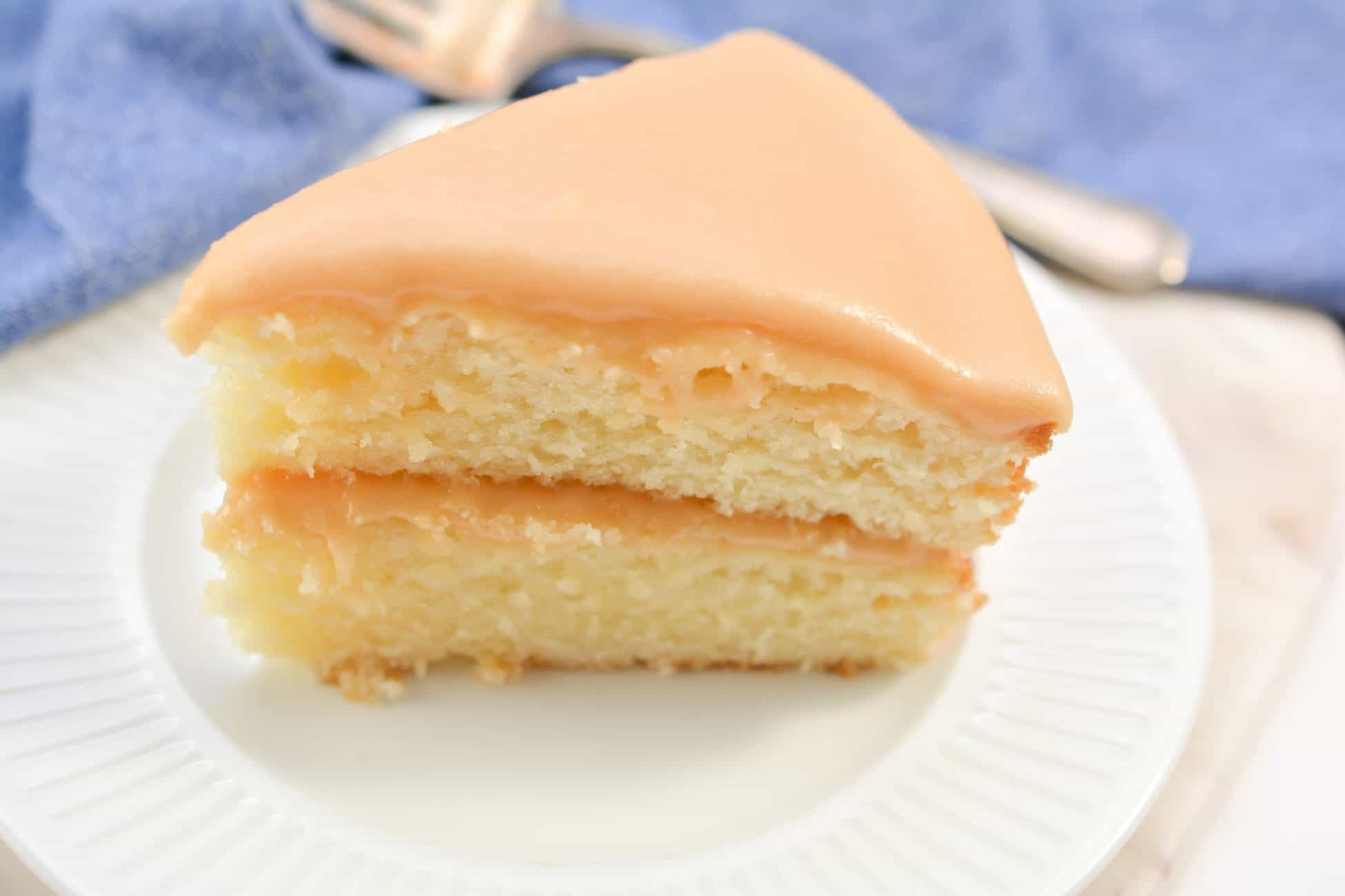Deliciously Easy Caramel Lover's Cake