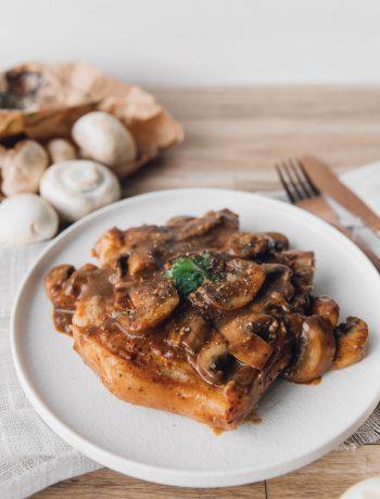 Pork Chop in Garlic Mushroom Sauce