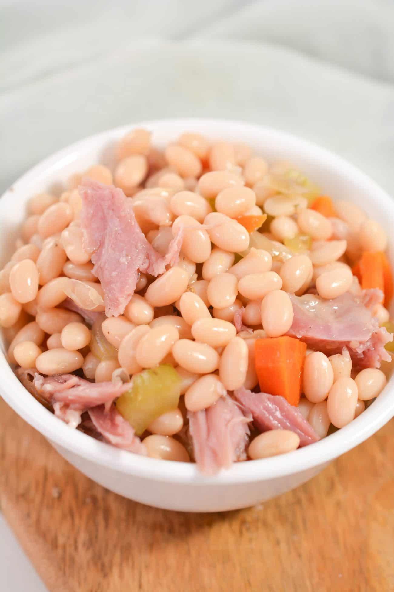 Crockpot Navy Bean and Ham Soup