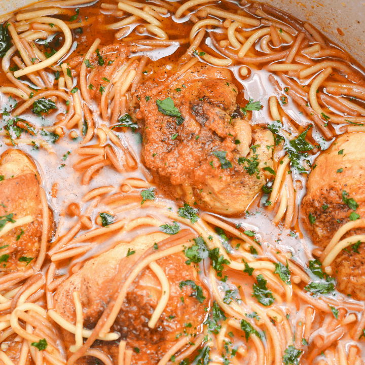 Sopa de Fideo With Chicken