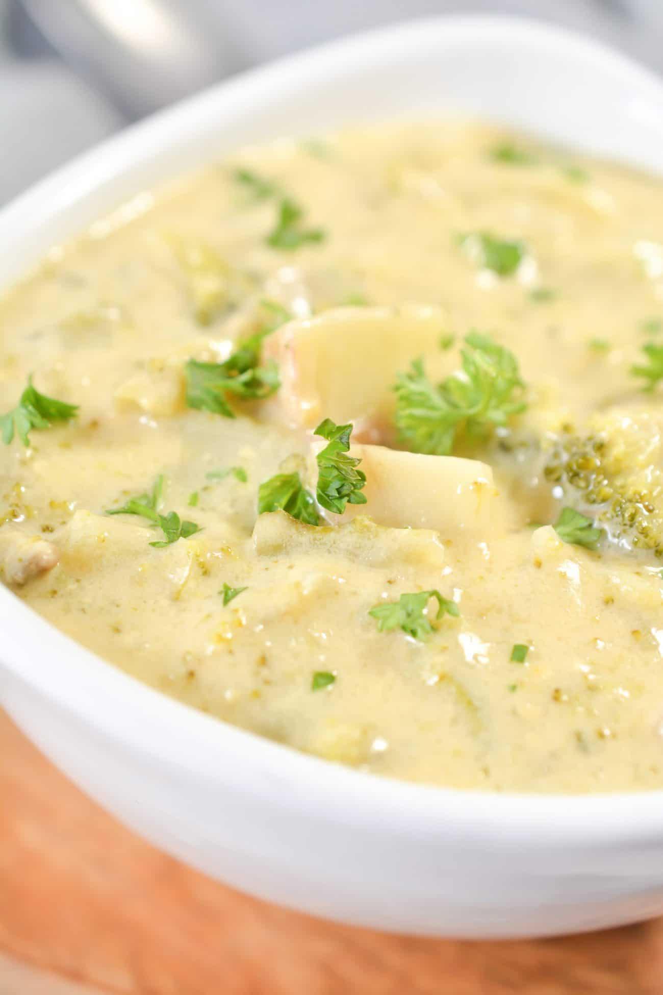 Crockpot Potato Broccoli Cheddar Soup