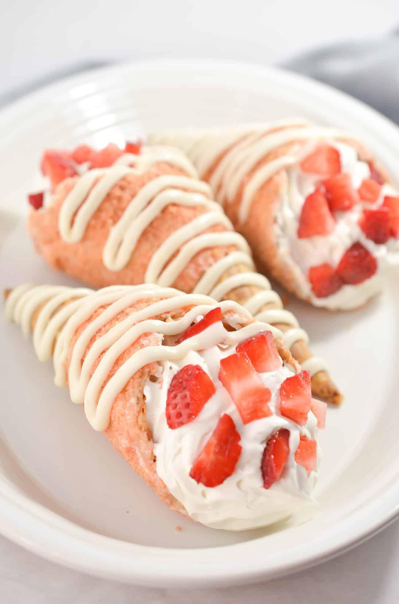 Strawberry Crunch Cheesecake Cones