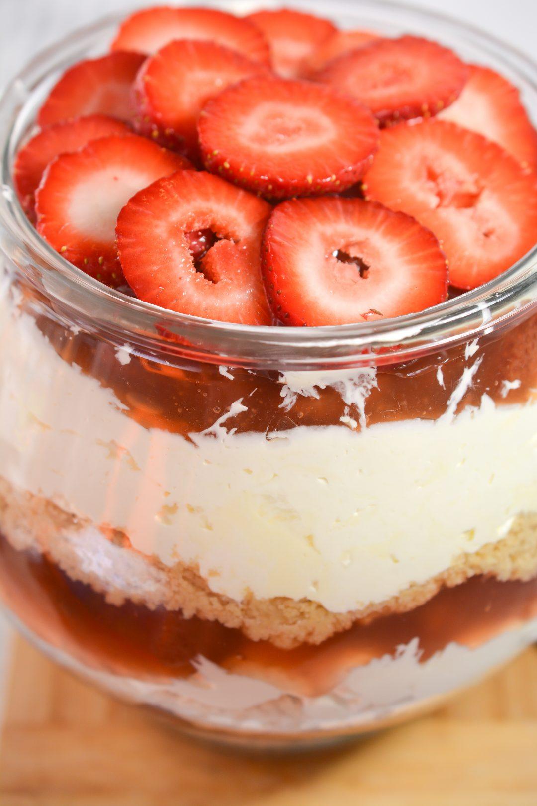 Strawberry Cheesecake Triffle